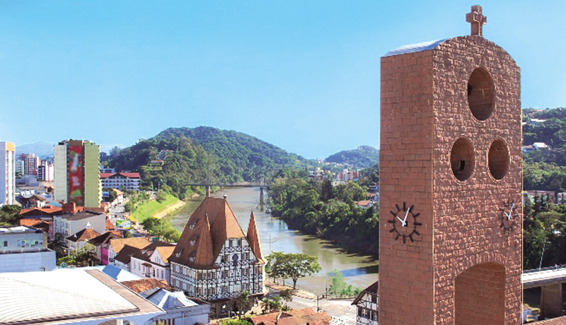 Blumenau e Vale Europeu & Convention Visitors Bureau